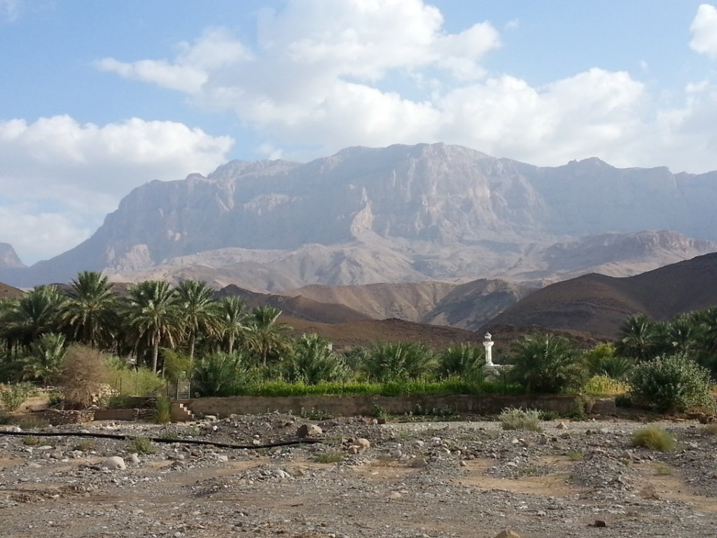 Driving out to a wadi